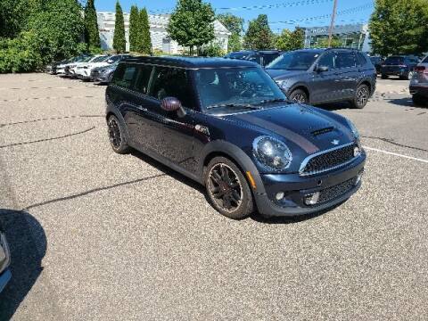 2011 MINI Cooper Clubman for sale at BETTER BUYS AUTO INC in East Windsor CT