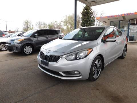 2015 Kia Forte for sale at INFINITE AUTO LLC in Lakewood CO