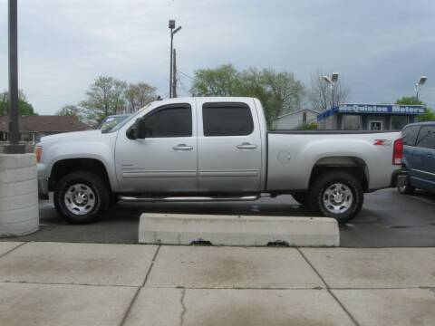 2010 GMC Sierra 2500HD for sale at MCQUISTON MOTORS in Wyandotte MI