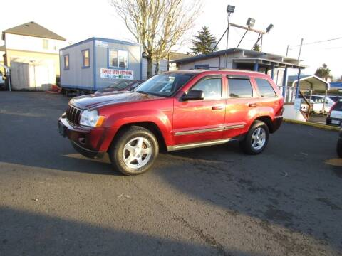 2007 Jeep Grand Cherokee for sale at ARISTA CAR COMPANY LLC in Portland OR