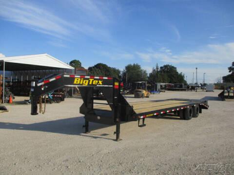2022 Big Tex Gooseneck 22GN-25BK+5MR for sale at Rondo Truck & Trailer in Sycamore IL
