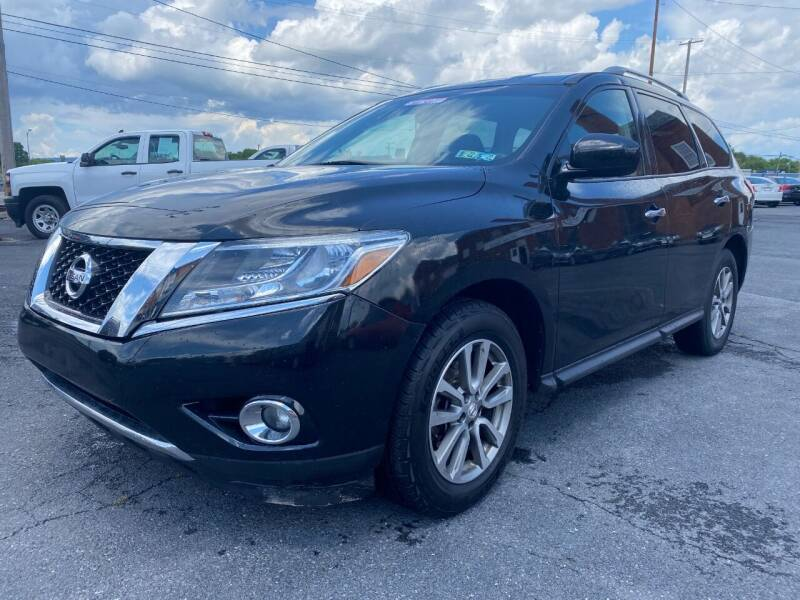 2015 Nissan Pathfinder for sale at Clear Choice Auto Sales in Mechanicsburg PA