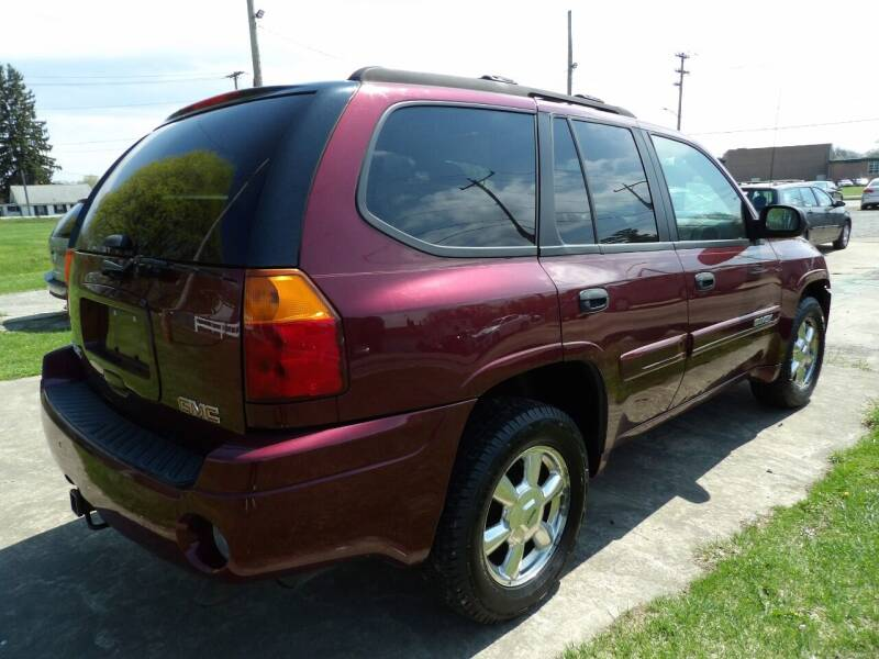 2005 GMC Envoy for sale at English Autos in Grove City PA