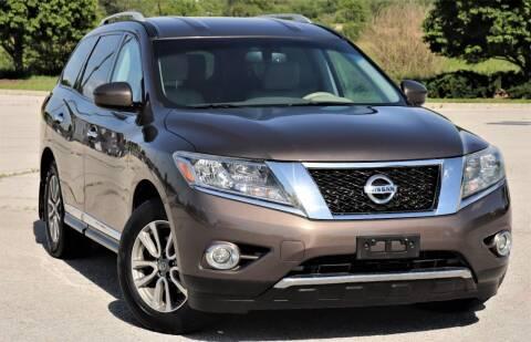 2015 Nissan Pathfinder for sale at Big O Auto LLC in Omaha NE