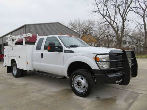 2013 Ford F-350 Super Duty for sale at TIDWELL MOTOR in Houston TX