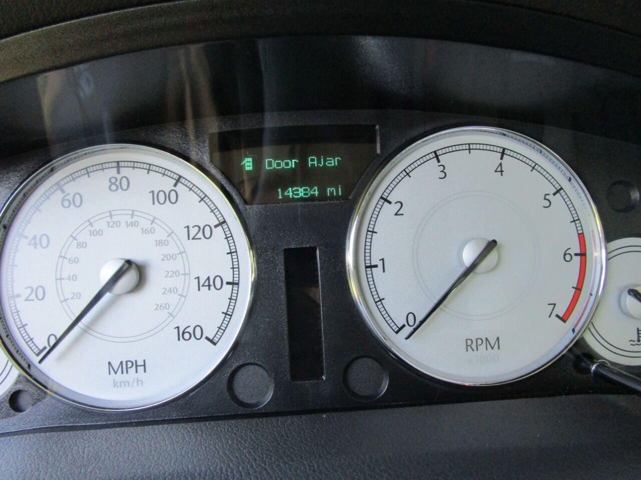 2006 Chrysler 300 46