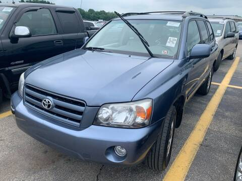 2005 Toyota Highlander for sale at Trocci's Auto Sales in West Pittsburg PA