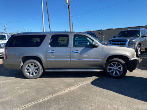 2012 GMC Yukon XL for sale at Bobby Lafleur Auto Sales in Lake Charles LA