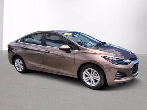 2019 Chevrolet Cruze for sale at Jimmys Car Deals at Feldman Chevrolet of Livonia in Livonia MI