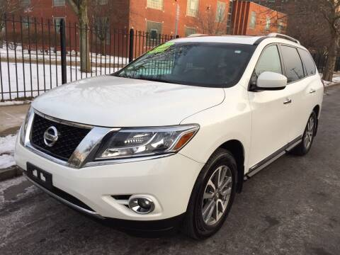 2014 Nissan Pathfinder for sale at Commercial Street Auto Sales in Lynn MA