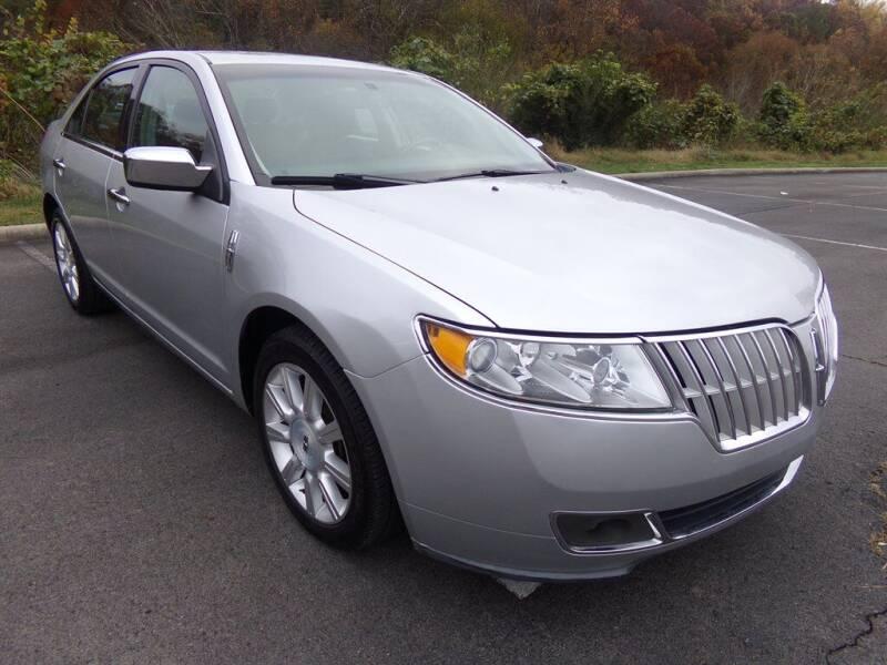 2012 Lincoln MKZ for sale at J & D Auto Sales in Dalton GA