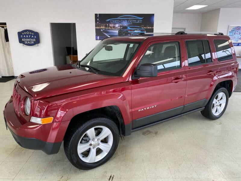 2015 Jeep Patriot for sale at Used Car Outlet in Bloomington IL