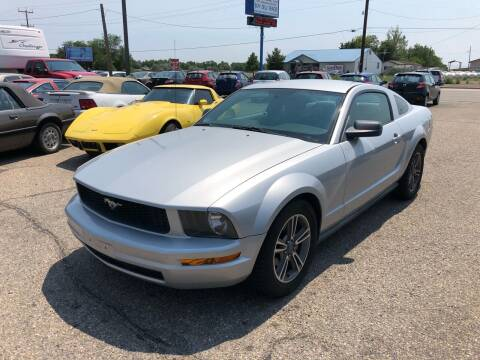 2005 Ford Mustang for sale at AFFORDABLY PRICED CARS LLC in Mountain Home ID