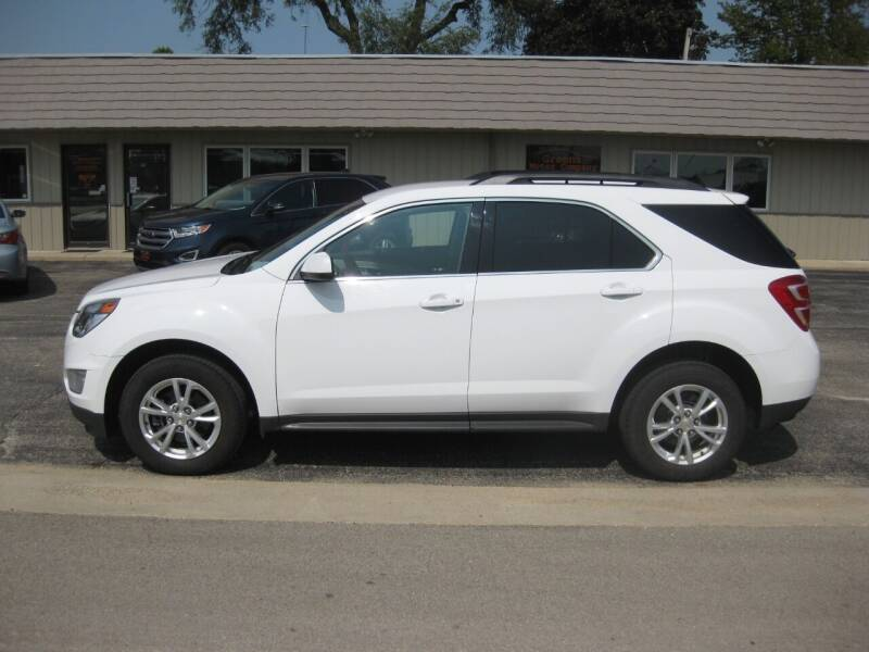 2017 Chevrolet Equinox for sale at Greens Motor Company in Forreston IL