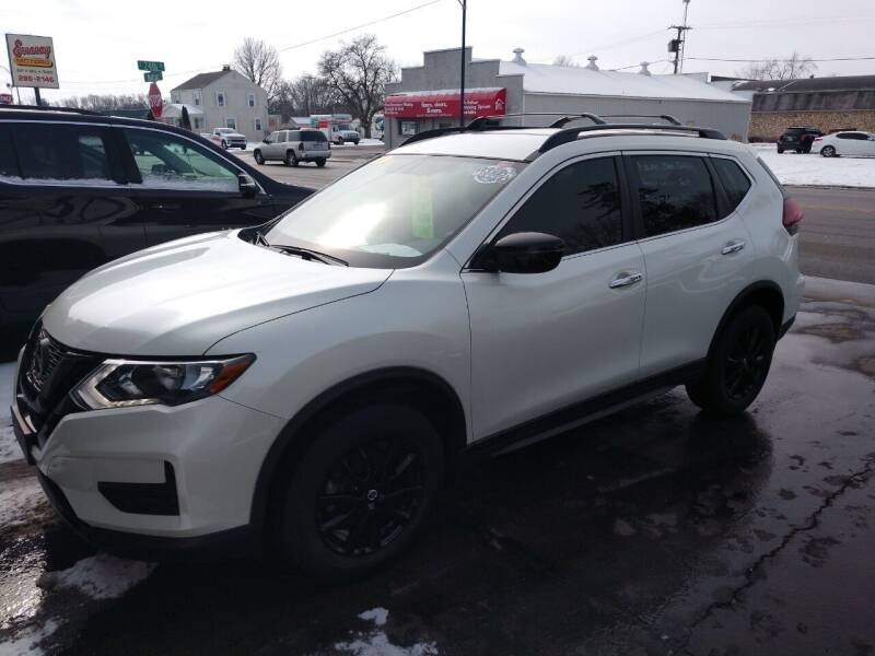 2018 Nissan Rogue for sale at Economy Motors in Muncie IN