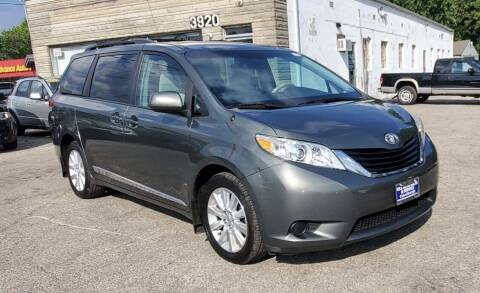 2014 Toyota Sienna for sale at Nile Auto in Columbus OH