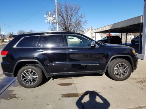 2017 Jeep Grand Cherokee for sale at Faw Motor Co in Cambridge NE