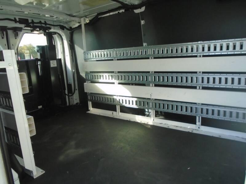 2016 Ford Transit Cargo 150 3dr SWB Low Roof Cargo Van w/60/40 Passenger Side Doors - Houston TX