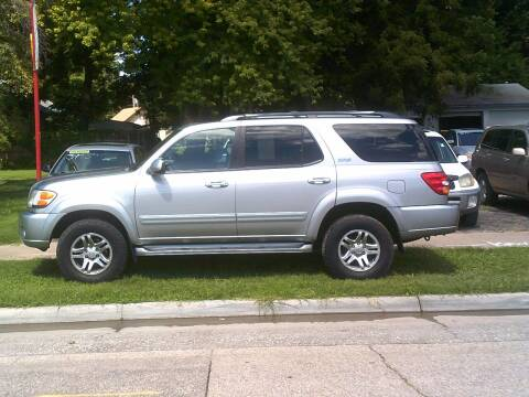 2004 Toyota Sequoia for sale at D & D Auto Sales in Topeka KS