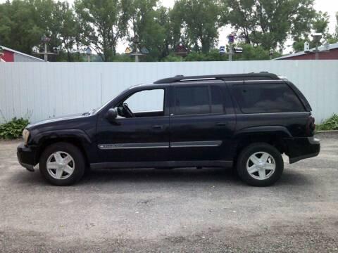 2002 Chevrolet TrailBlazer for sale at Chaddock Auto Sales in Rochester MN