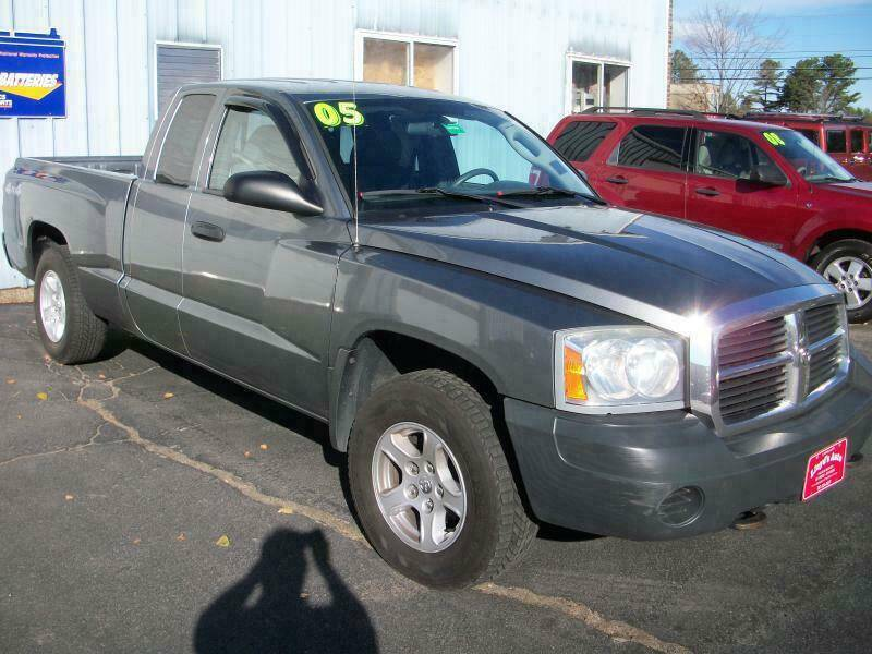 2005 Dodge Dakota for sale at Lloyds Auto Sales & SVC in Sanford ME