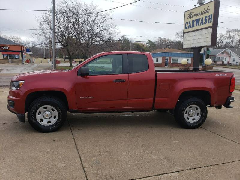 2015 Chevrolet Colorado for sale at RIVERSIDE AUTO SALES in Sioux City IA