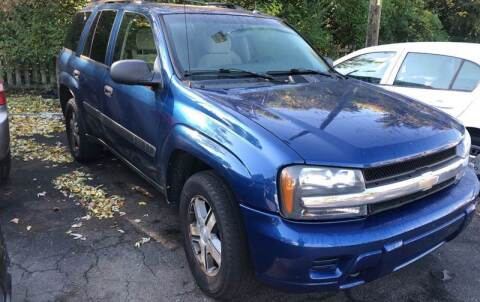 2005 Chevrolet TrailBlazer for sale at Right Place Auto Sales in Indianapolis IN
