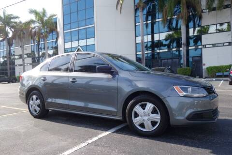 2013 Volkswagen Jetta for sale at SR Motorsport in Pompano Beach FL