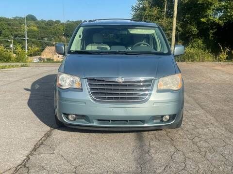 2010 Chrysler Town and Country for sale at Car ConneXion Inc in Knoxville TN
