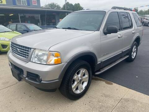 2005 Ford Explorer for sale at Wise Investments Auto Sales in Sellersburg IN