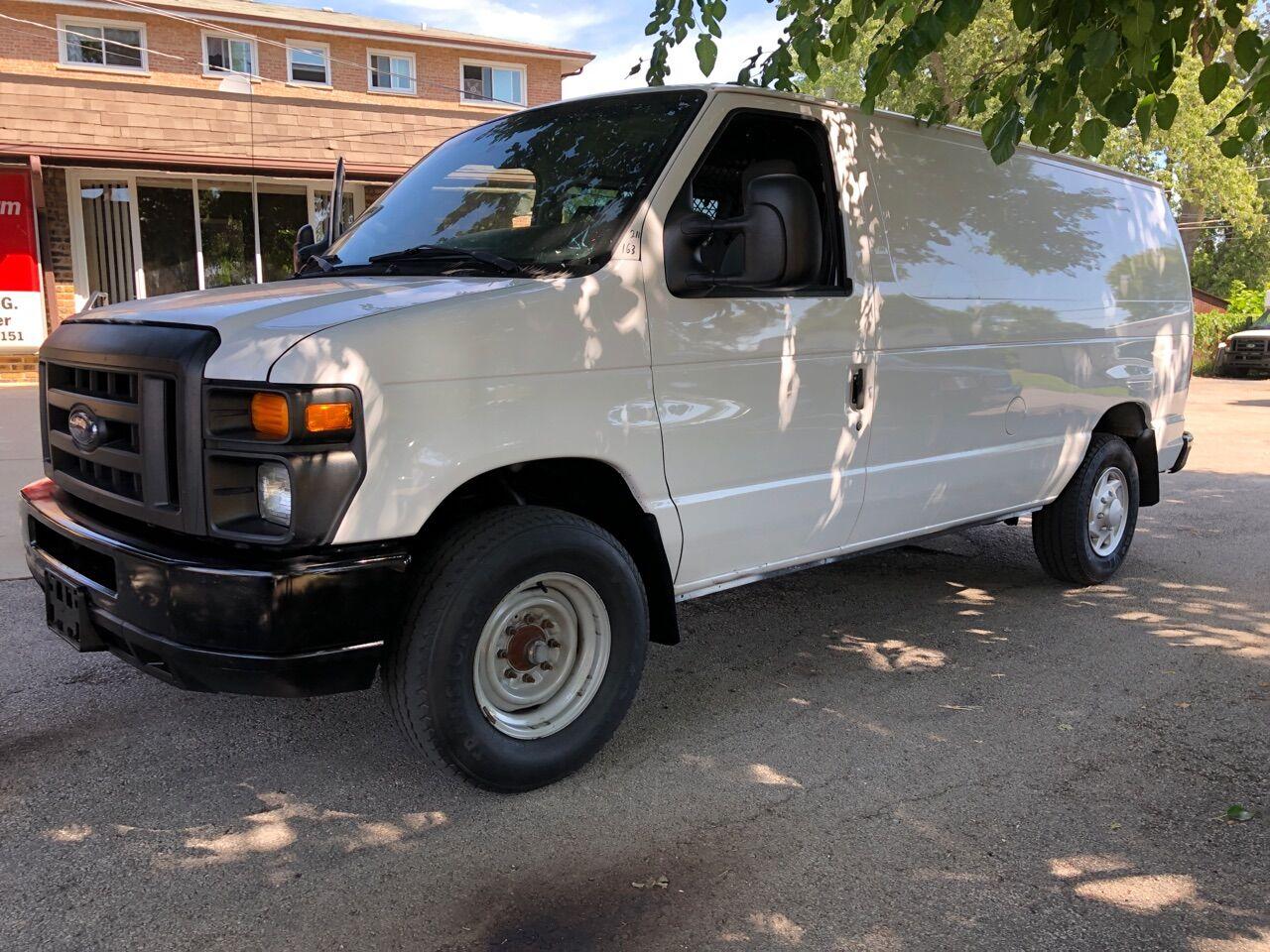 White 2011 FORD E-SERIES CARGO for sale in Bridgeview, IL Photo 4