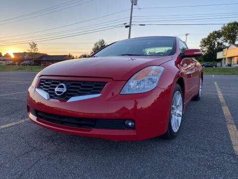 2008 Nissan Altima for sale at Apple Auto Sales Inc in Camillus NY