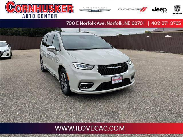 2021 Chrysler Pacifica Hybrid for sale in Norfolk, NE