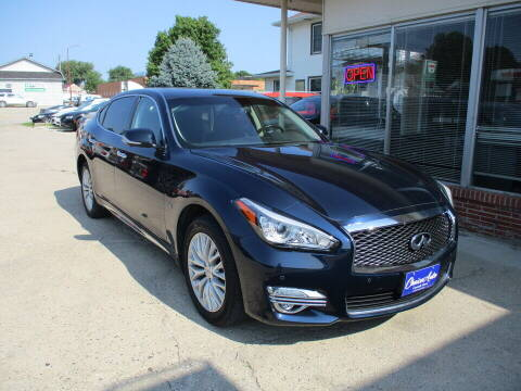 2016 Infiniti Q70L for sale at Choice Auto in Carroll IA