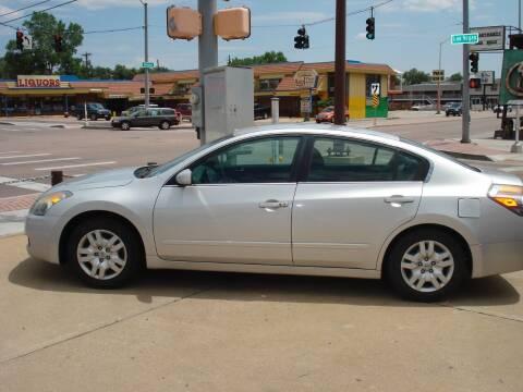 2009 Nissan Altima for sale at Frontier Motors Ltd in Colorado Springs CO