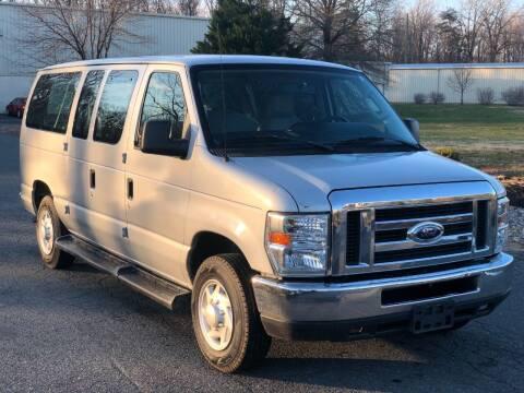 2009 Ford E-Series Wagon for sale at ECONO AUTO INC in Spotsylvania VA