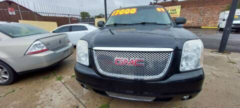 2009 GMC Yukon XL for sale at Frankies Auto Sales in Detroit MI
