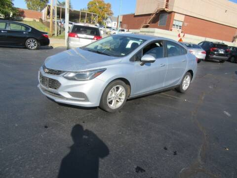 2018 Chevrolet Cruze for sale at Riverside Motor Company in Fenton MO