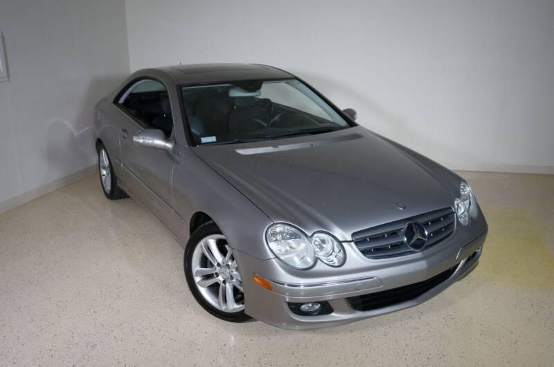 2006 Mercedes-Benz CLK for sale at TopGear Motorcars in Grand Prairie TX