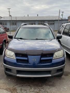 2003 Mitsubishi Outlander for sale at New Start Motors LLC - Crawfordsville in Crawfordsville IN