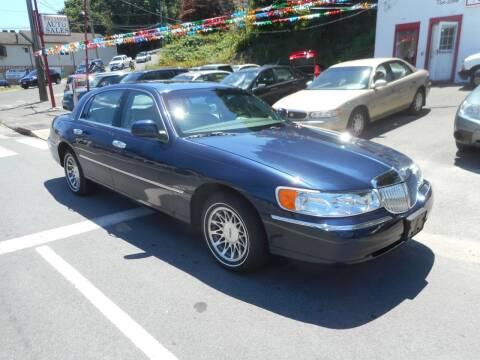 2002 Lincoln Town Car for sale at Ricciardi Auto Sales in Waterbury CT
