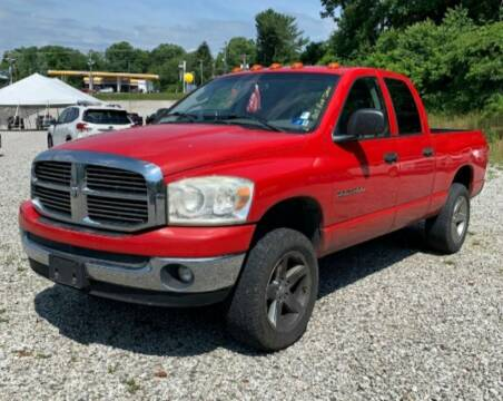 2007 Dodge Ram Pickup 1500 for sale at BSA Pre-Owned Autos LLC in Hinton WV