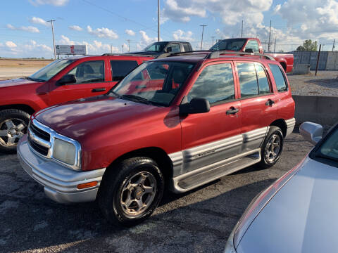 2001 Chevrolet Tracker for sale at Autoville in Bowling Green OH