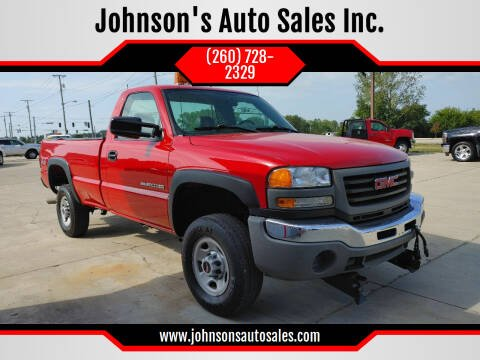 2006 GMC Sierra 2500HD for sale at Johnson's Auto Sales Inc. in Decatur IN