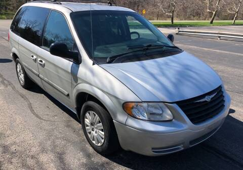 2005 Chrysler Town and Country for sale at Select Auto Brokers in Webster NY