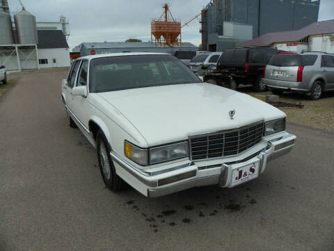 1992 Cadillac DeVille for sale at J & S Auto Sales in Thompson ND