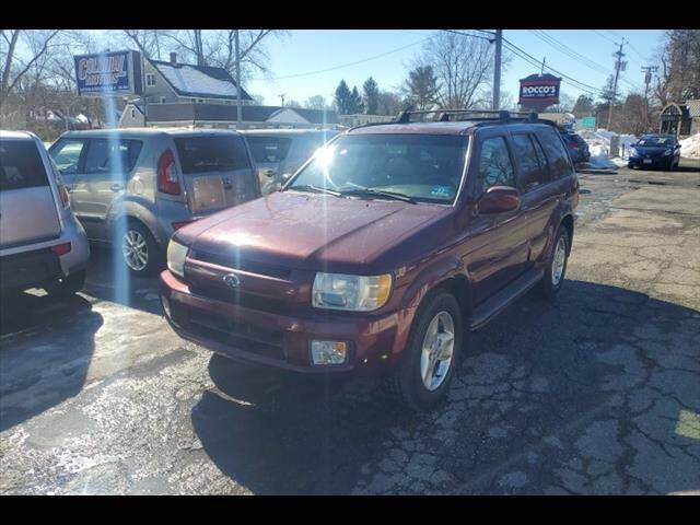 2002 Infiniti QX4 for sale at Colonial Motors in Mine Hill NJ