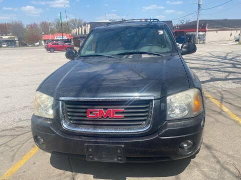 2005 GMC Envoy for sale at Locust Auto Sales in Davenport IA