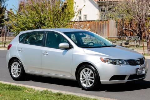 2012 Kia Forte5 for sale at California Diversified Venture in Livermore CA