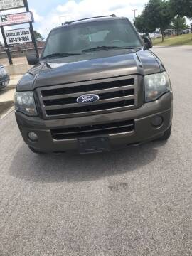 2008 Ford Expedition for sale at El Rancho Auto Sales in Marshall MN